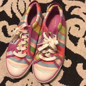 Size 6 coach shoes